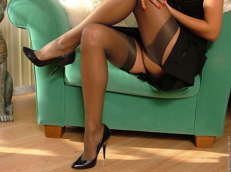 Женские ножки в чулочках фото 60671 фотография